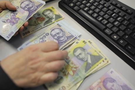 ULUITOR Angajata unei primării din Sibiu a transferat banii instituției în contul fiicei: 320 de viramente în 4 ani