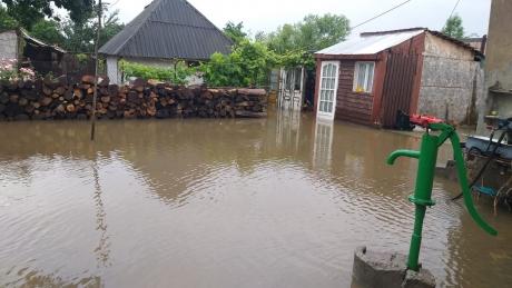 Mai multe subsoluri ale unor imobile din Cluj-Napoca au fost inundate, ca urmare a ploilor torențiale din ultimele ore