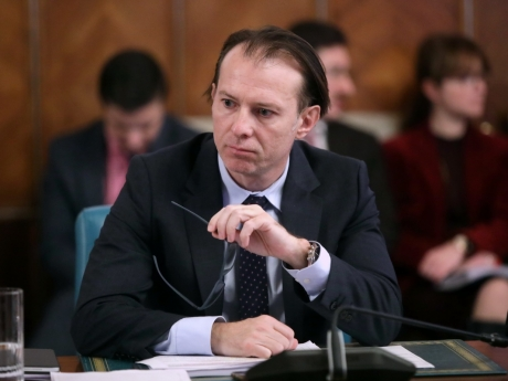Ministrul Cîţu vrea dobânzi la lei la zero sau chiar negative - Care ar fi principalele efecte