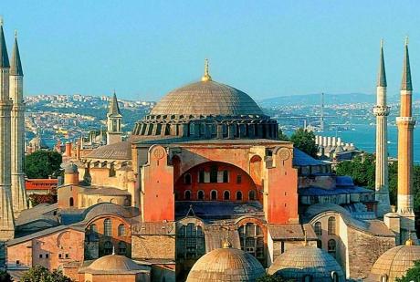 UE INTERVINE în scandalul Catedralei 'Sfânta Sofia': Cere Turciei să anuleze decizia de transformare în moschee