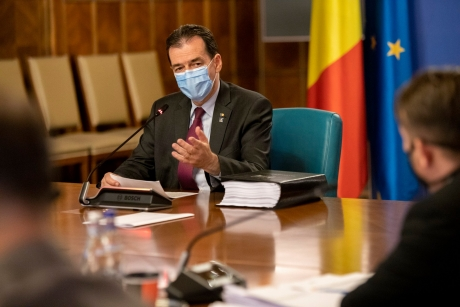 Lovitură în prag de alegeri: Omul din interiorul Guvernului PNL care a organizat 'furtul' primarilor de la PSD