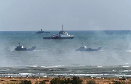 TENSIUNE aproape de România: Rusia acuză SUA şi NATO de 'activitate provocatoare' în apele şi spaţiul aerian ale Mării Negre