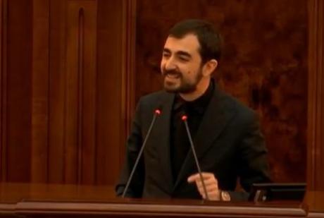 USR zguduie coaliția: Claudiu Năsui cere AMÂNAREA dezbaterilor pe Legea 5G pe motiv că NU s-a respectat procedura legală