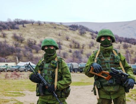 SUA şi NATO acuză Rusia că nu și-a retras armata de la graniţa cu Ucraina